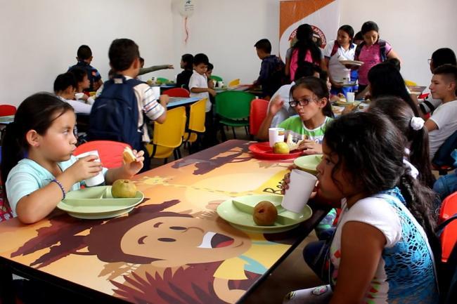 Estudiantes De Matanza Recibieron Un Nuevo Restaurante